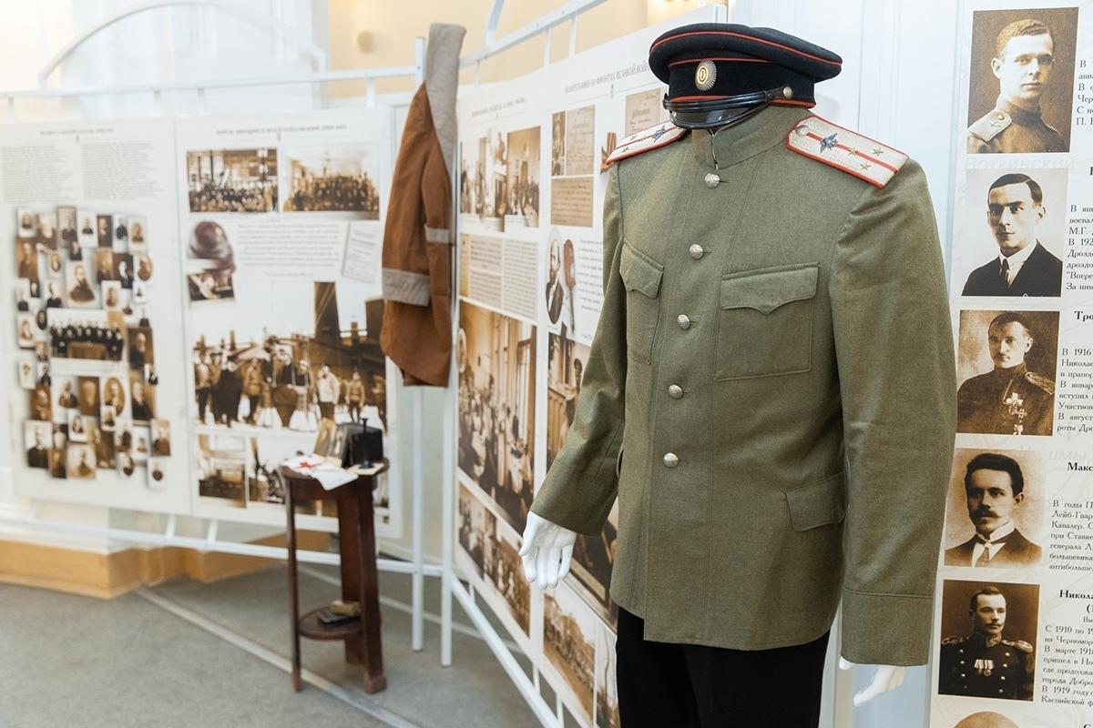 Школа гидов-экскурсоводов (совместно с Музейным комплексом СПбПУ)